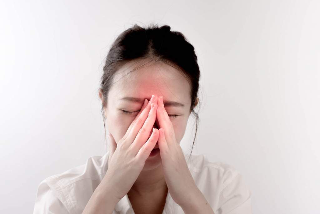 The symptoms of a sinus infection can be painful and daunting. If you are looking for a natural way to help decrease the length and severity of symptoms