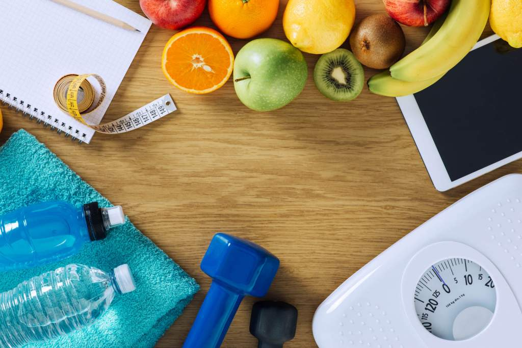 Most doctors agree that pregnant women shouldn't try to lose weight. However