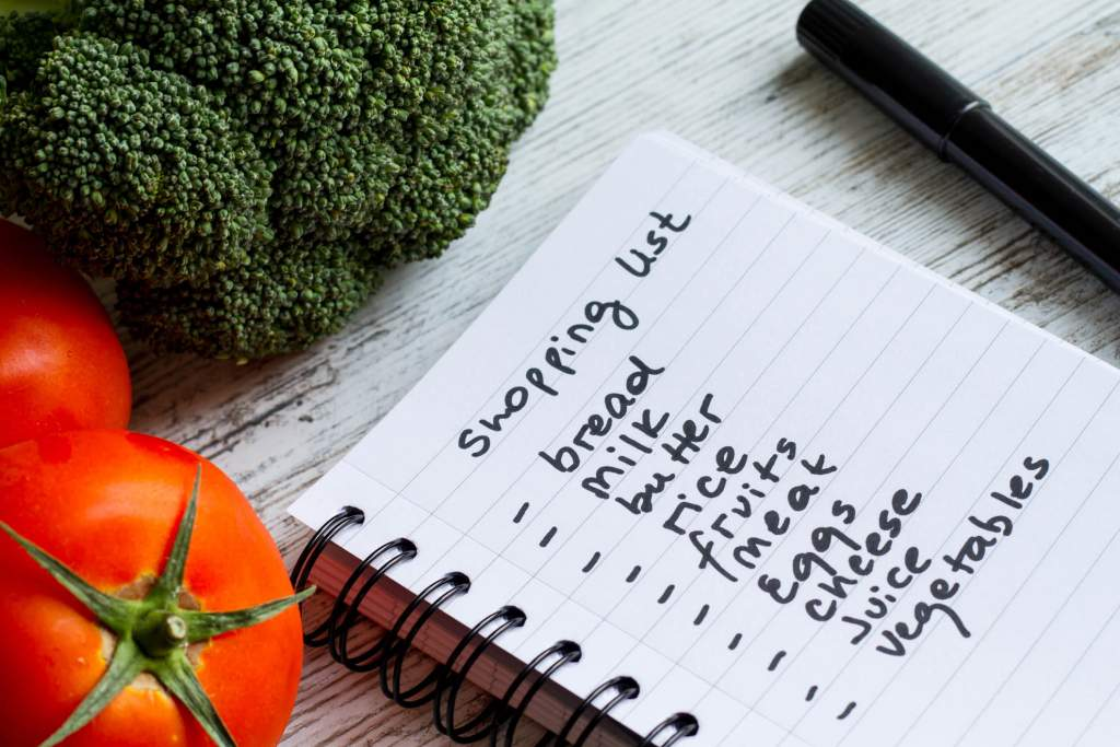 Families that desire to eat healthier need a healthy foods grocery list. It's easier to resist unhealthy snacks and poor choices if you don't put these foods into your shopping cart.